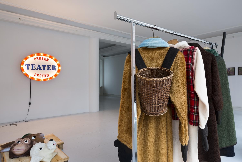 Søren Jensen - Profan Teater - Jæger og dyr i skoven